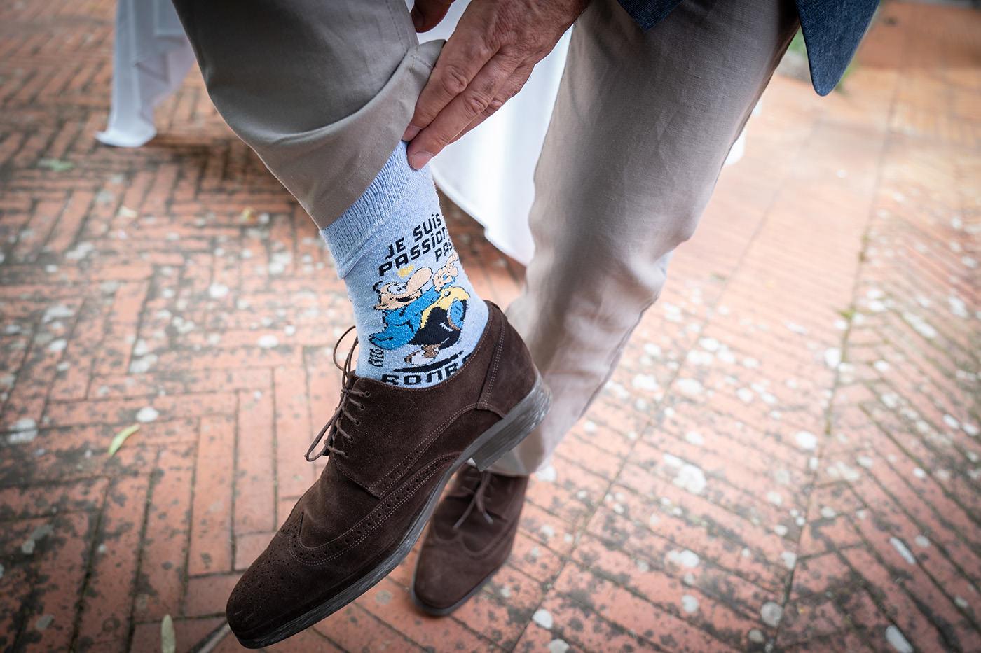 Same-Sex Wedding Photographer Florence: Timur & Guillaume. Wedding socks!