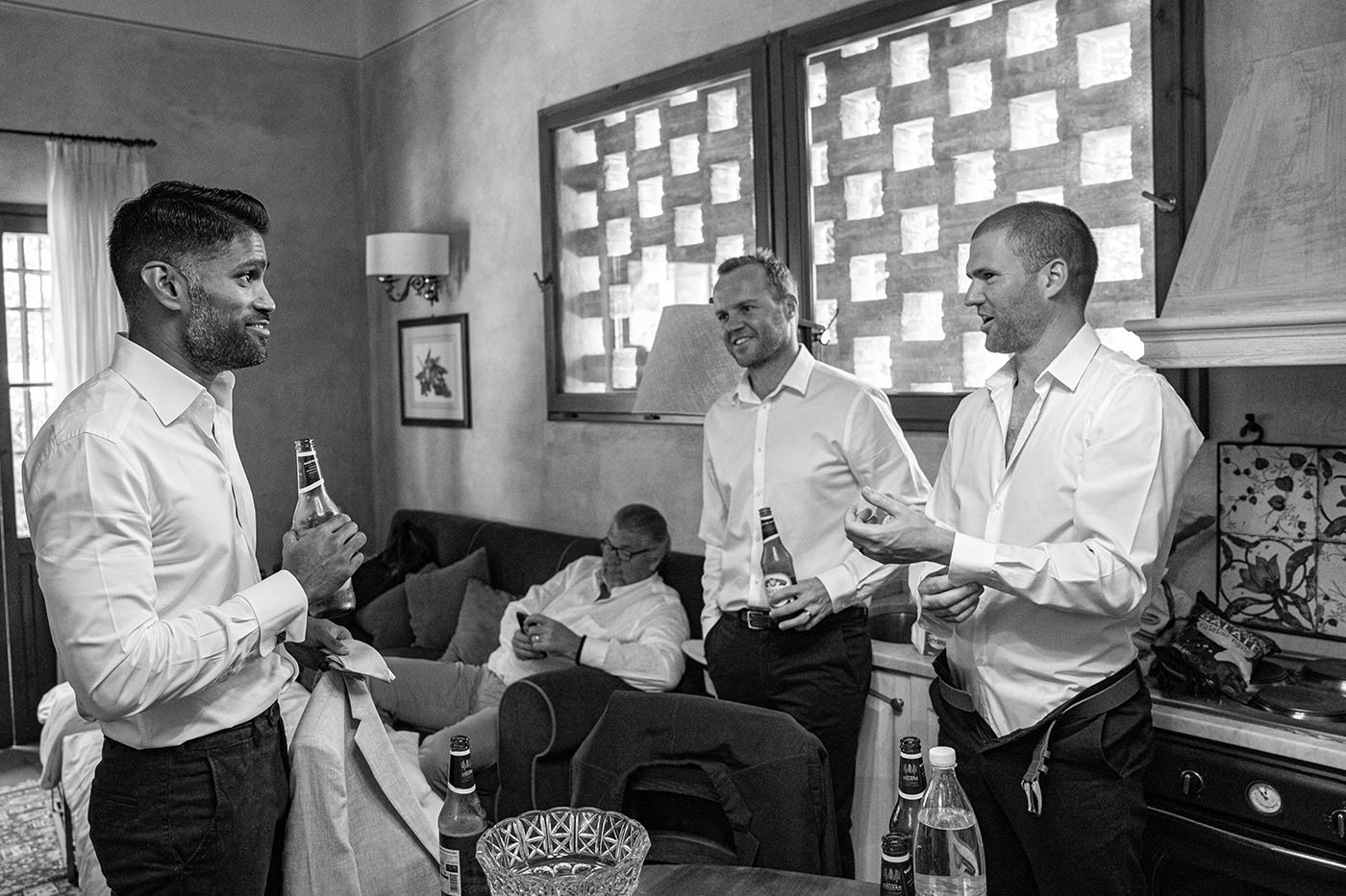 Tuscan Wedding Photo Shoots At Palagio Castle: groomsmen getting ready