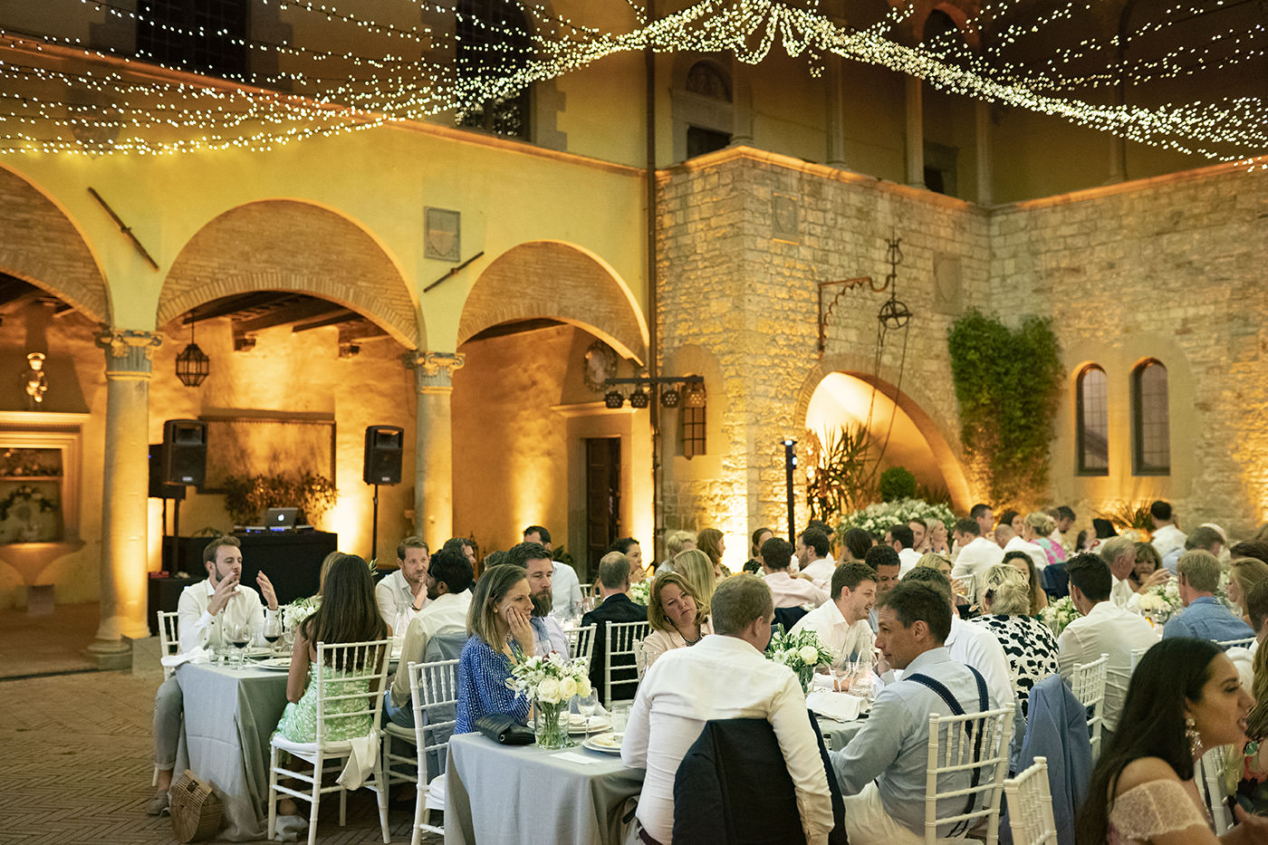 Tuscan Wedding Photo Shoots At Palagio Castle