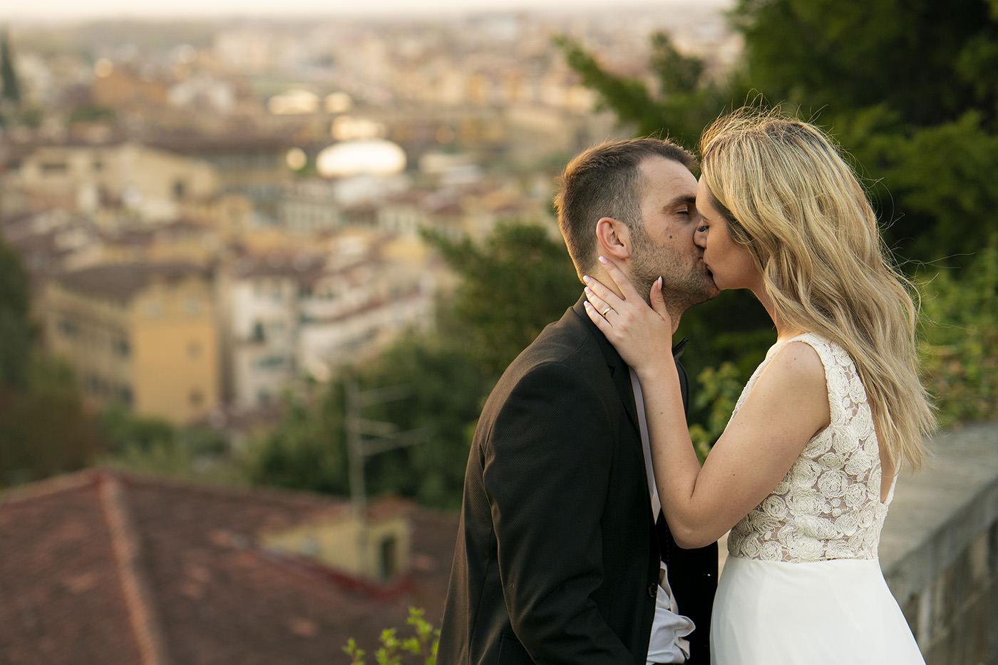 Honeymoon photo session in Florence