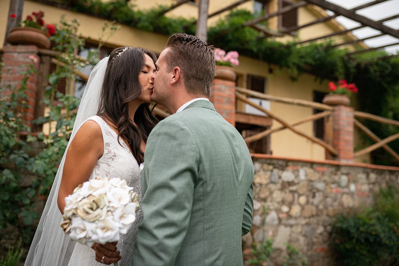 Photo Shoots by Duccio Argentini: Vows Renewal Photographer in Tuscany