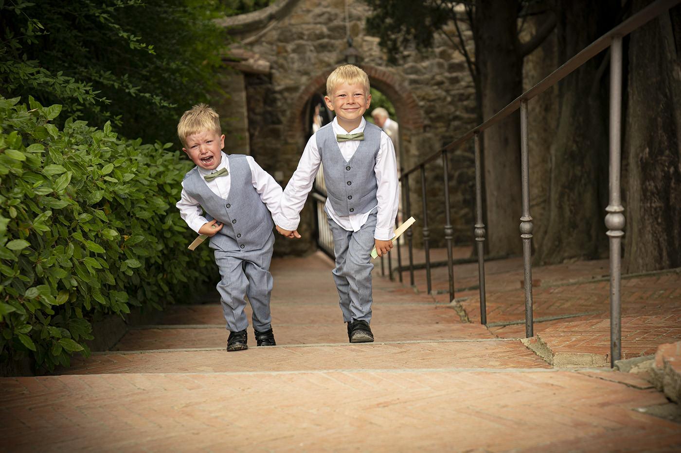 Duccio Argentini Wedding Photographer Chianti: Vicchiommaggio Castle